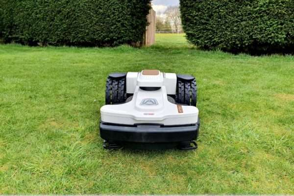 Ambrogio 4.36 robot mower in arch