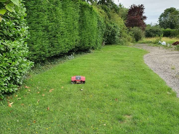 Front Garden closed area with L35 robot mower